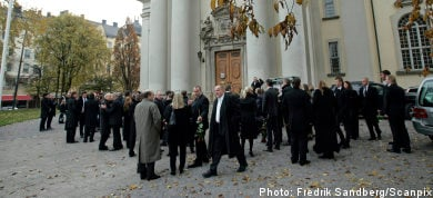 Campogiani's grave desecrated