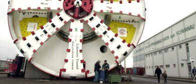 Abramovich orders colossal German tunnel borer