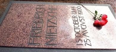 Town hopes Nietzsche's grave can halt coal mine