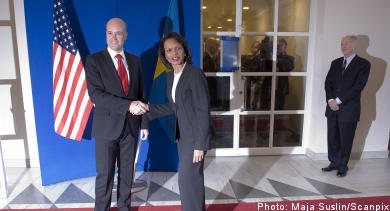 Reinfeldt meets Rice as Iraq talks begin