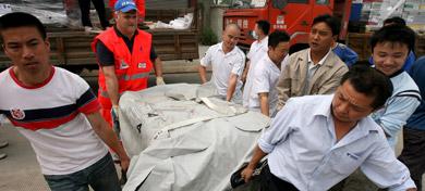 German hospital unit treats China earthquake victims
