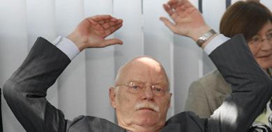 German MPs kybosh unpopular pay raise