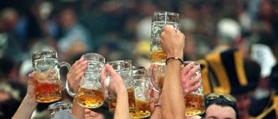 Pensioner injures tourist with Hofbräuhaus beer mug