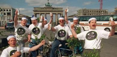 Von der Leyen: German men shouldn't drink on Dad's Day