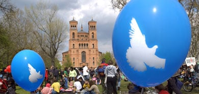 May Day in Kreuzberg: music trumps riots