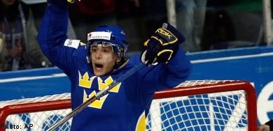 Tre Kronor ekes out OT win against Czechs
