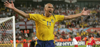 Henrik Larsson to play for Sweden at Euro 2008