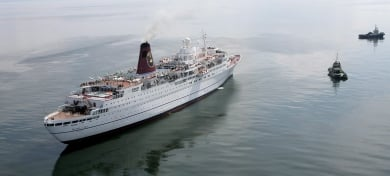 Hundreds of Germans to be evacuated from Baltic cruise ship