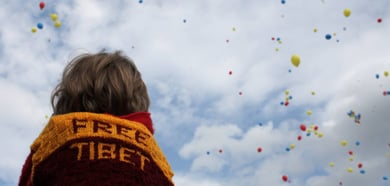 Dalai Lama addresses 25,000 in Berlin
