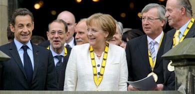 Merkel receives Charlemagne award for EU efforts