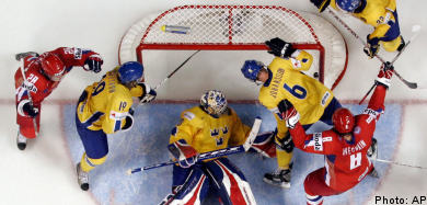 Sweden falls to last gasp Russian goal