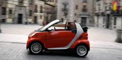 German new car registrations rebound in April