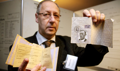 Biggest Nazi archive opened to historians