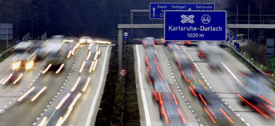 Driver naps while drunk passenger steers on Autobahn