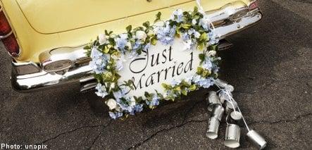 Swedish car show to feature drive-thru weddings