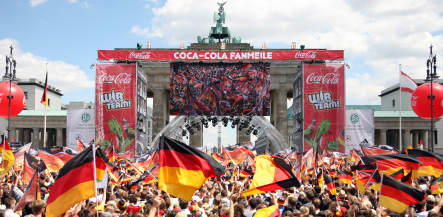 Heroes' welcome for Germany's almost-champions
