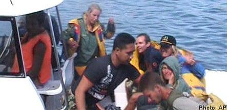 Missing divers 'battled killer lizard'