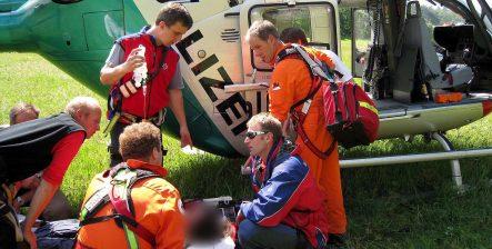 Bra missive saves American hiker missing in Bavarian Alps