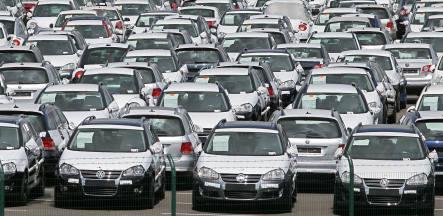 Hail pummels 30,000 new VWs
