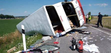 Bus crash injures 9 German students in Sweden