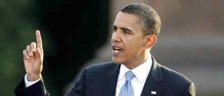 McCain attacks Obama over Berlin visit