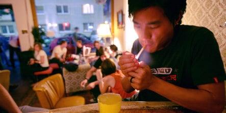 Germans favour national smoking ban