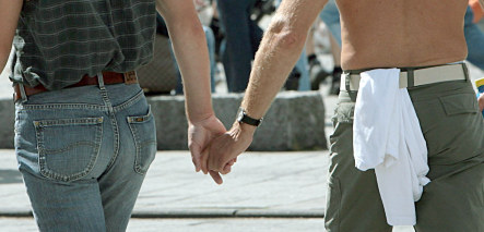 Berlin Arabic mag sparks outrage by labelling gays as diseased