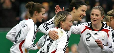 German women's football team out for elusive gold in Beijing