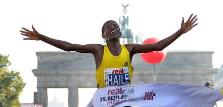 Gebrselassie breaks world record at Berlin marathon