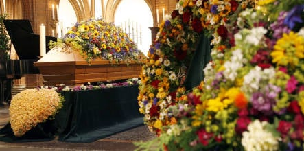 Soaring funeral costs mean more Germans leave bodies to science