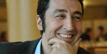Özdemir poised to be first Turkish German to lead a major party