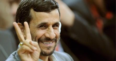 Germany hesitates on new sanctions against Iran