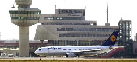 Bomb scare closes Berlin Tegel airport