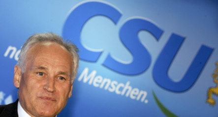 CSU party head Erwin Huber steps down