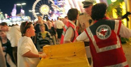 Munich bans hoodlums from Oktoberfest