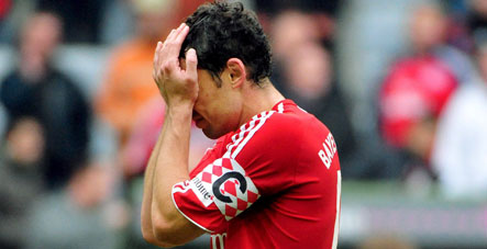 Klinsmann rues 'black' Saturday as Bremen rout Bayern