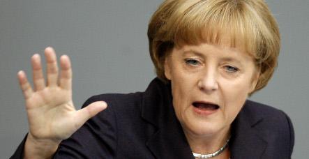 Merkel demands better global financial regulation