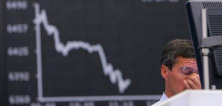 Berlin calls Lehman fallout 'manageable' as Frankfurt tanks