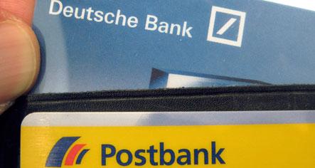 Deutsche Bank targets Postbank stake