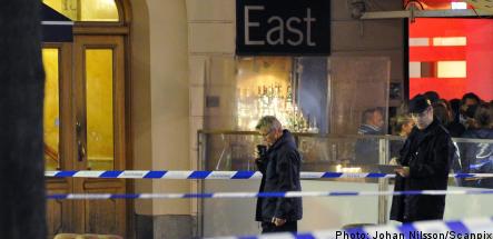Police shoot knife attacker in Stureplan