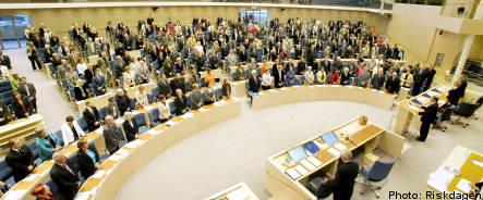 Parliament passes trillion kronor plan