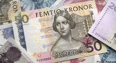 Slow start for stocks and falling krona
