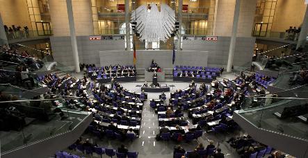 Germany passes €480-billion bailout