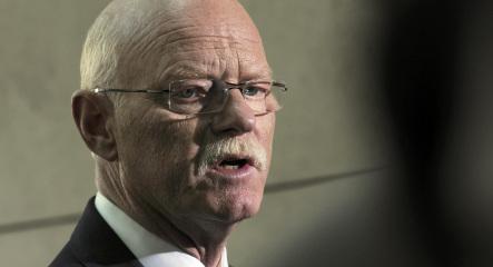 Struck slams Deutsche Bank CEO over bank bailout suggestion