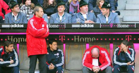 Bayern guarantees Klinsmann's job until end of season