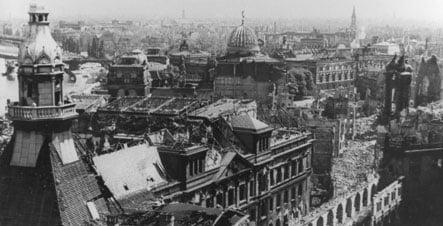 Historians lower death toll in Dresden bombing