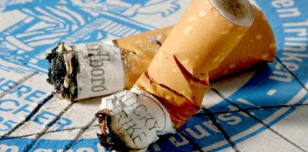 Nobel laureate warns against relaxing smoking ban