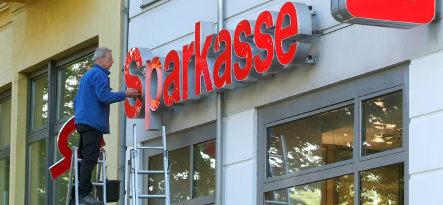 German investors flee to Sparkasse safety