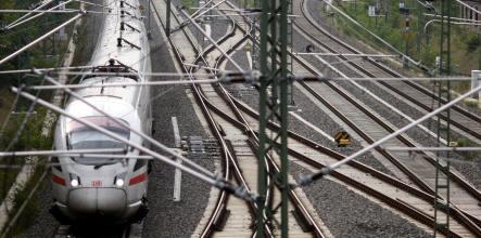 Deutsche Bahn postpones stock listing