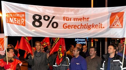 IG Metall stages strike in wage dispute